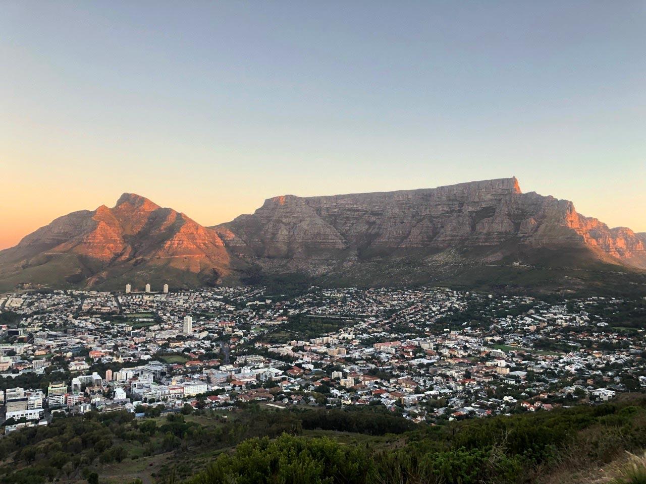 Blick auf den Tafelberg vom Signal Hill aus