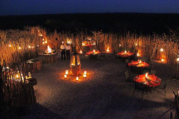 Das Taleni Village ist ein Camp in Etosha und gehört zu einer Namibia Reise